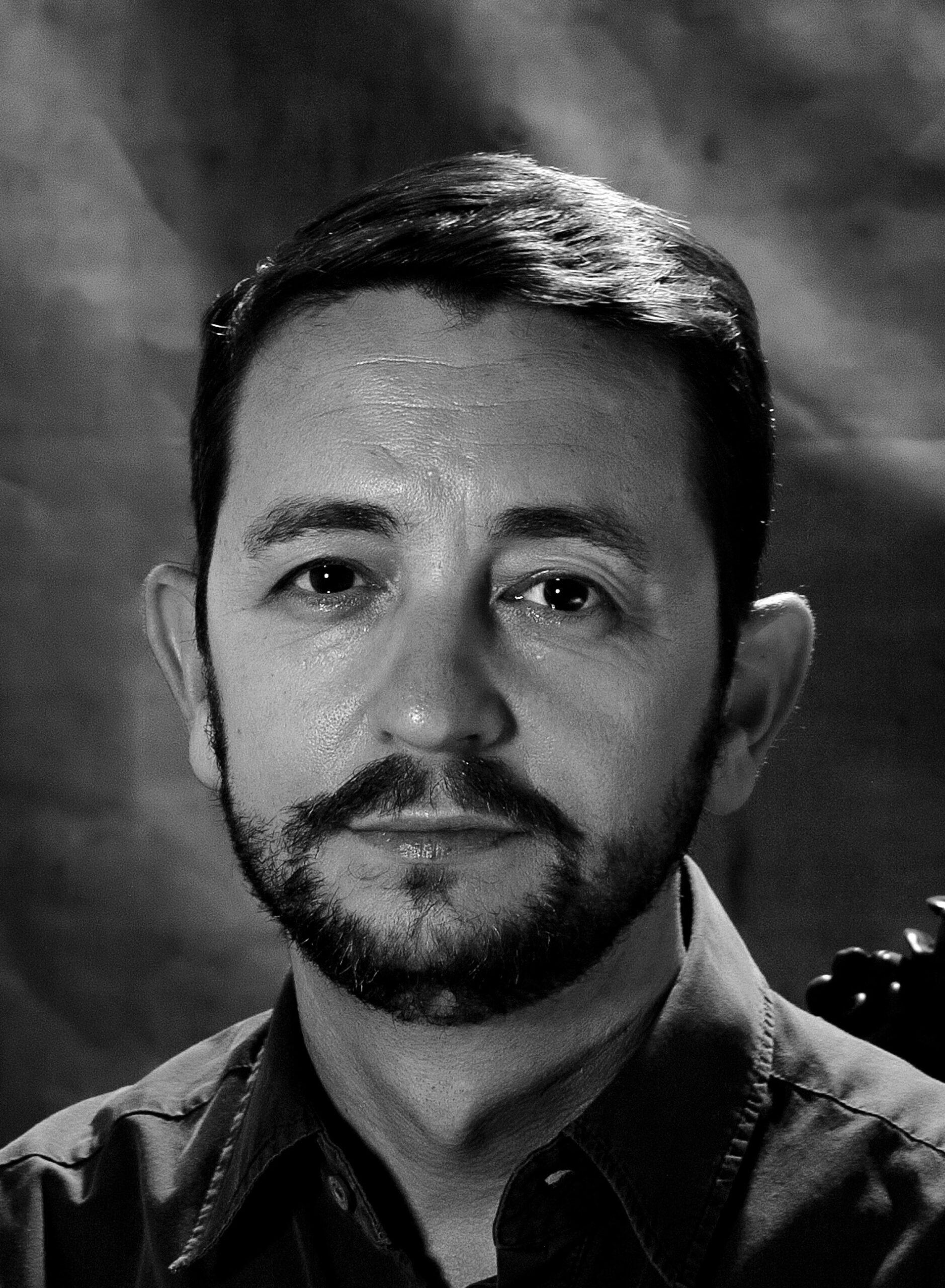Juan-Ramon_Barbancho-La_muerte_no_enterrada_PORTRAIT